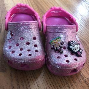 Toddler 6/7 pink hello kitty crocs